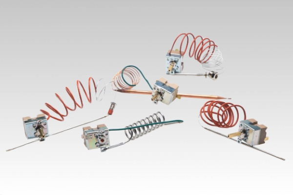 Капилярен терморегулатор 50°C - 190°C с гайка и нипел /за фритюрник/(40607)